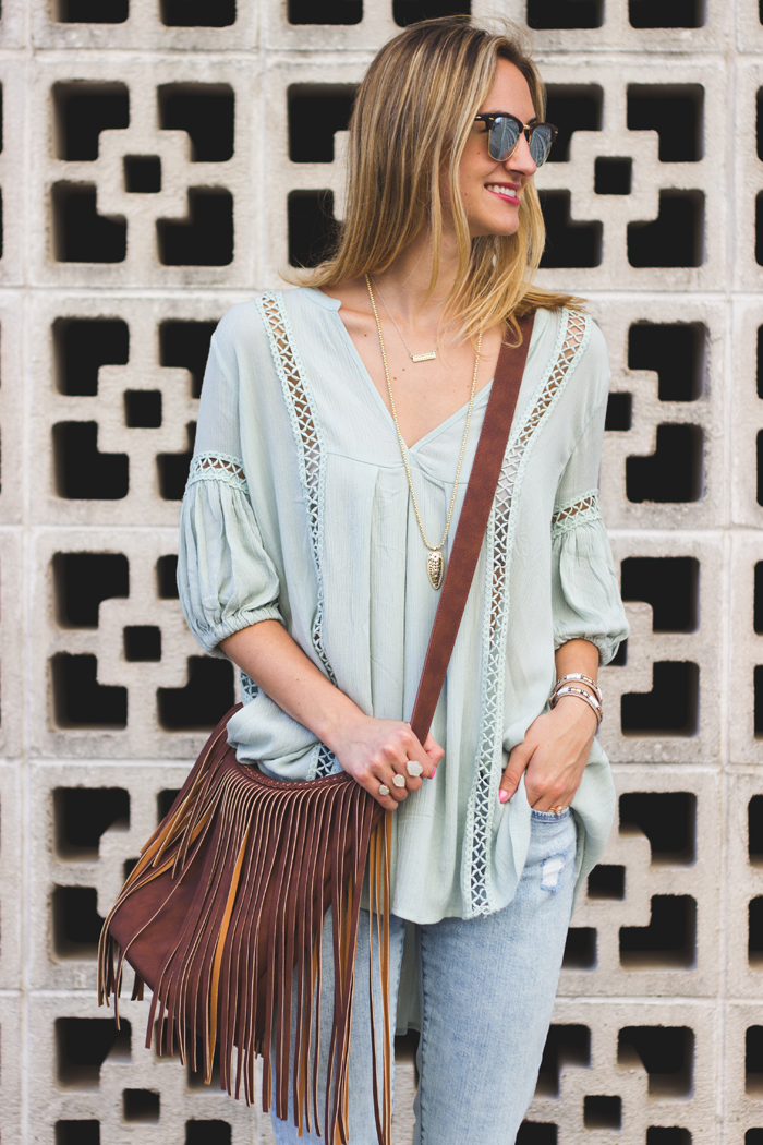 livvyland-blog-olivia-watson-austin-texas-fashion-style-blogger-kathyn-frazer-photography-chic-wish-tunic-dl1961-jeans-2nd-street-district-downtown-austin