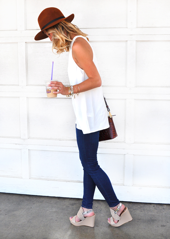 livvyland-blog-olivia-watson-austin-texas-fashion-style-lifestyle-blogger-topshop-split-back-tank-top-leigh-skinny-jeans-festival-style-6