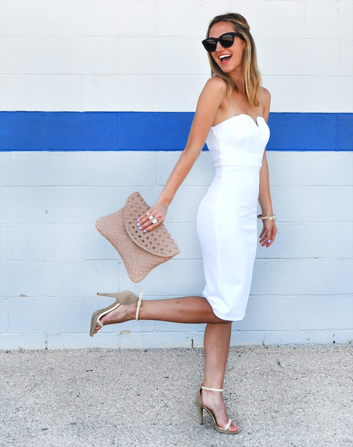 livvyland-blog-olivia-watson-white-sweetheart-neckline-dress-nordstrom-little-white-dress-austin-texas-fashion-blogger-4