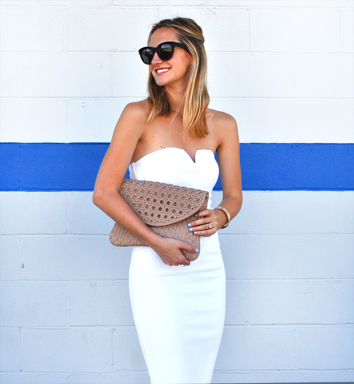 livvyland-blog-olivia-watson-white-sweetheart-neckline-dress-nordstrom-little-white-dress-austin-texas-fashion-blogger-8