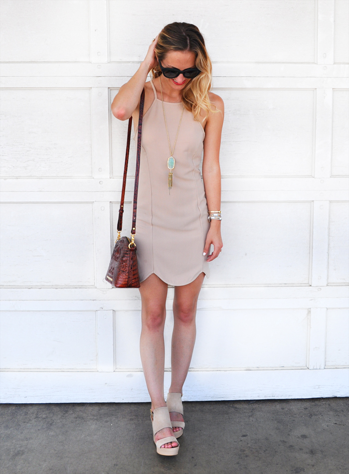 livvyland-blog-dee-elle-scallop-trim-body-con-dress-bodycon-nude-beige-taupe-austin-texas-fashion-blogger-olivia-watson-3
