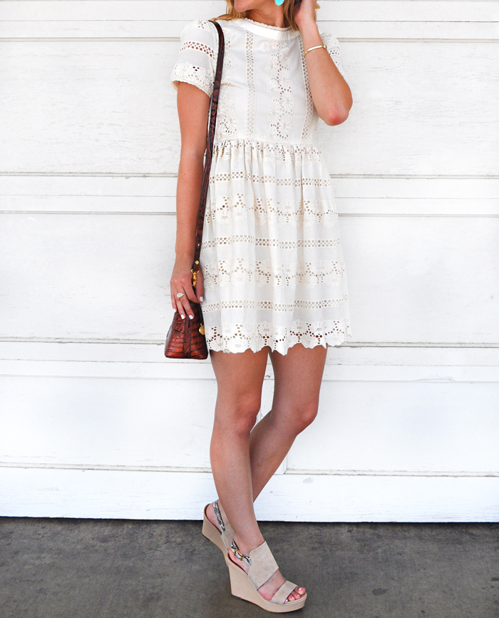 livvyland-blog-olivia-watson-chicwish-darling-lace-dolly-dress-white-cream-austin-texas-fashion-blogger-kendra-scott-danielle-earrings-turquoise-3