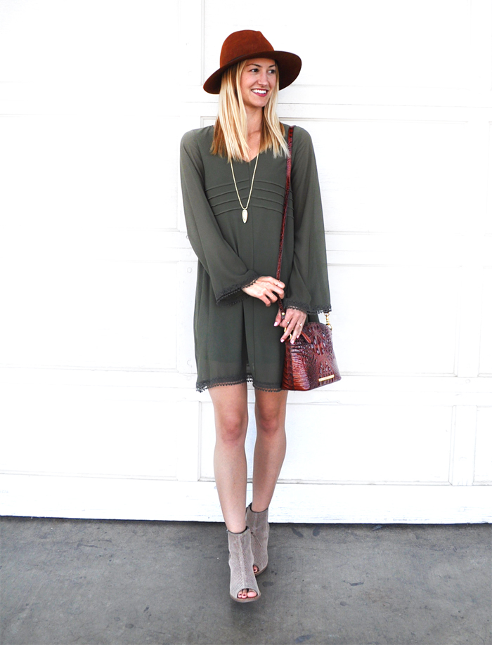 fall-outfit-inspiration-livvyland-blog-olivia-watson-dee-elle-olive-green-shift-dress-nordstrom-austin-texas-fashion-blogger-toms-majorca-suede-booties-brahmin-handbag-3