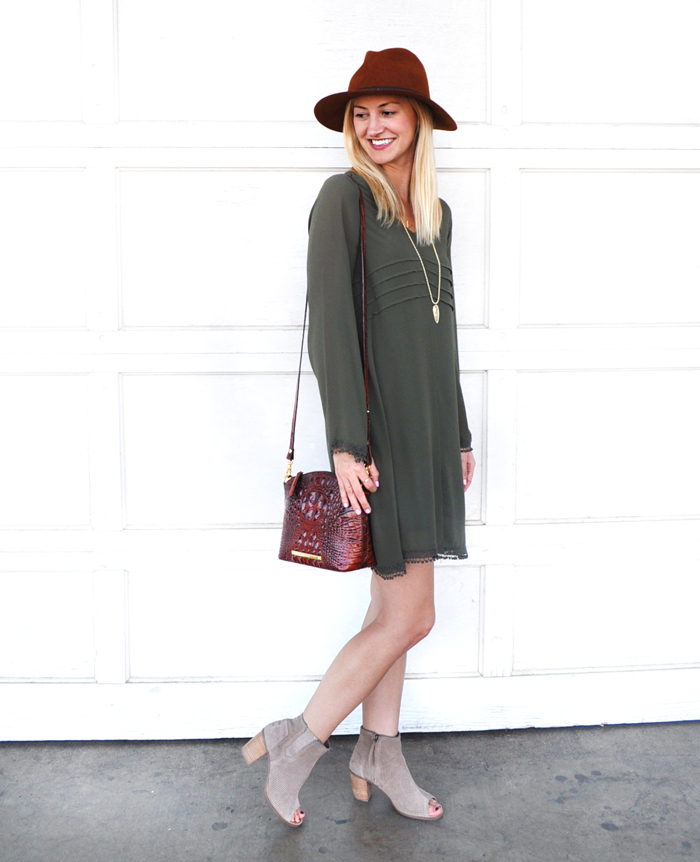 livvyland-blog-olivia-watson-dee-elle-fall-outfit-inspiration-olive-green-shift-dress-nordstrom-austin-texas-fashion-blogger-toms-majorca-suede-booties-brahmin-handbag-6