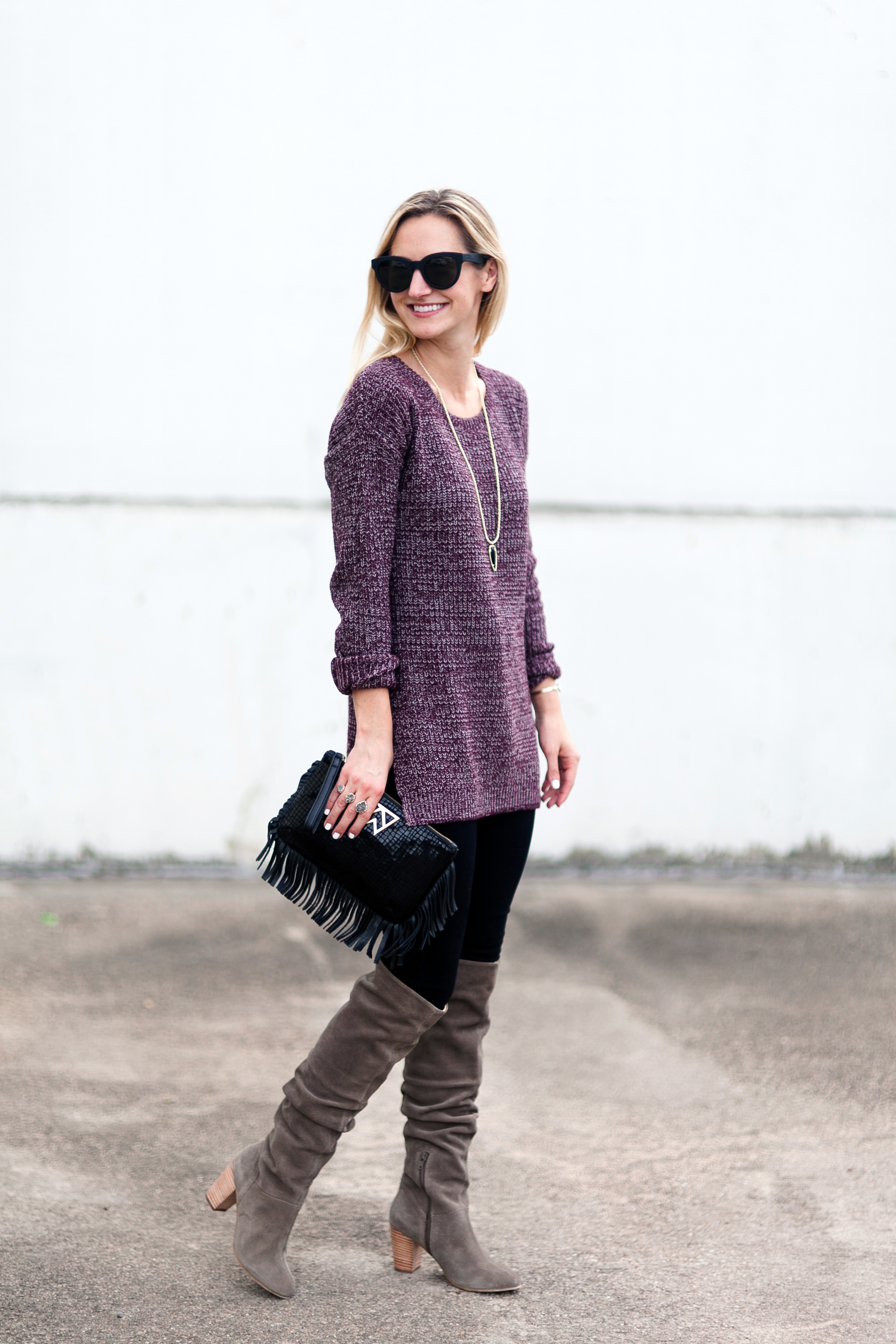 livvyland-blog-olivia-watson-seychelles-over-the-knee-boots-taupe-kelly-wynne-frisky-business-wristlet-fringe-clutch-kayla-snell-photography-olivia-watson-2