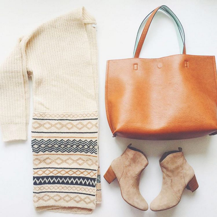 livvyland-blog-fall-winter-outfit-tribal-print-sweater-steve-madden-hipstr-booties-nordstrom-reversible-tote-bag