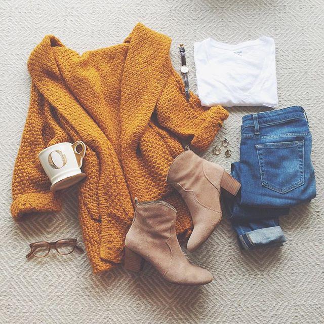livvyland-blog-olivia-watson-mustard-knit-cardigan-cozy-outfit