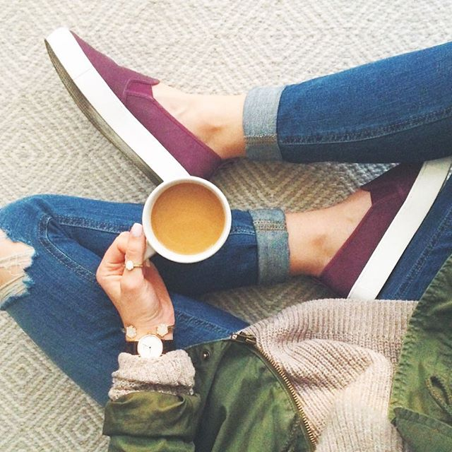 livvyland-blog-olivia-watson-vans-slip-on-sneakers-coffee-daniel-welligton-watch
