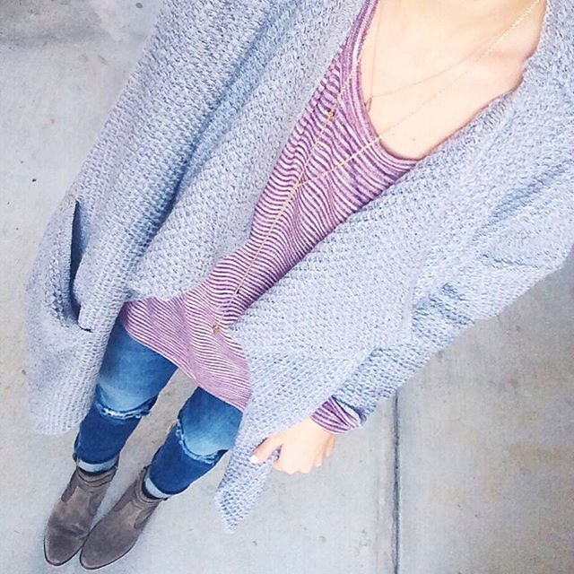 livvyland-blog-olivia-watson-austin-texas-fashion-blogger-draped-front-grey-knit-cardigan-cozy-outfit-inspiration