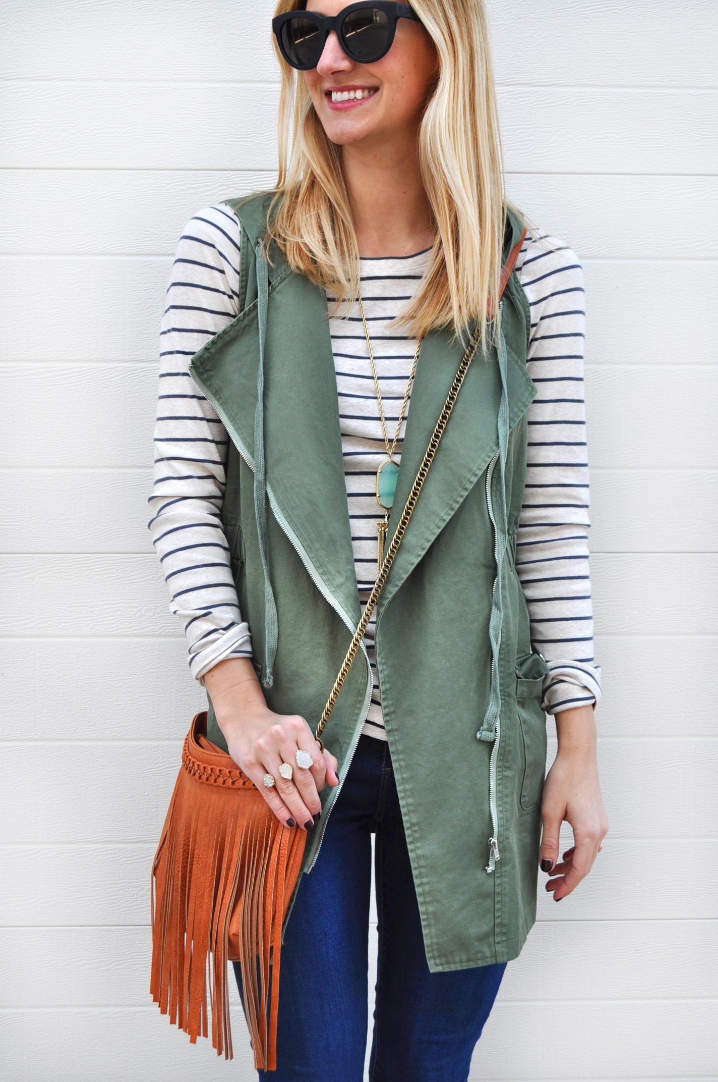 livvyland-blog-olivia-watson-army-green-utility-vest-fringe-handbag-brown-chelsea-boots-booties-austin-texas-fashion-blogger-3