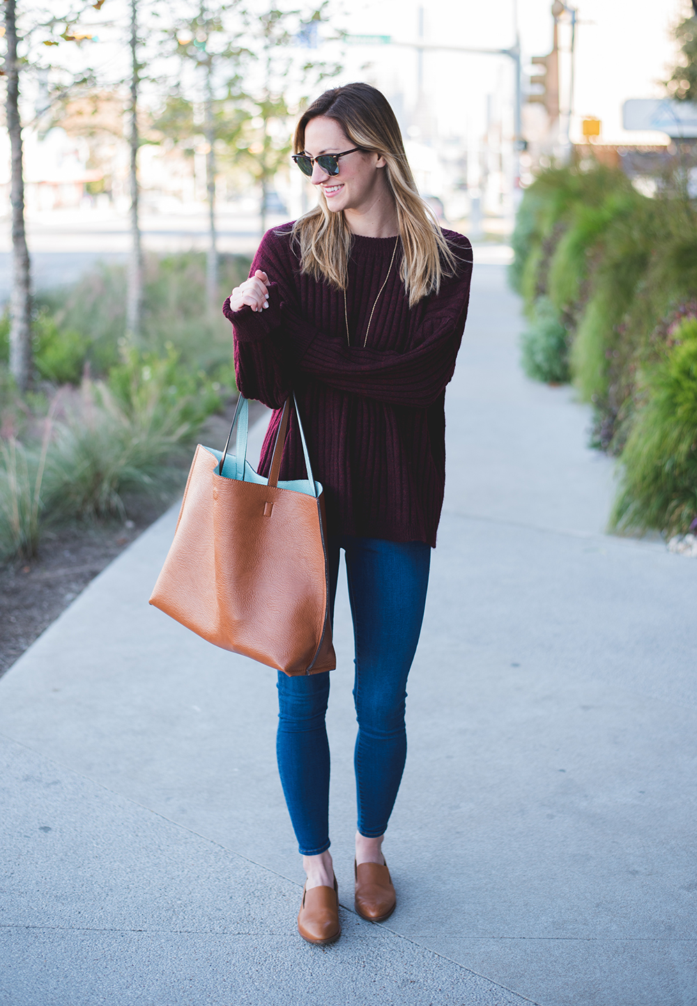 livvyland-blog-olivia-watson-oversize-wine-burgundy-knit-chunky-grandpa-sweater-austin-texas-fashion-blogger-olivia-watson-kathryn-frazer-photography-south-congress-hotel-madewell-tan-loafers-flats-10