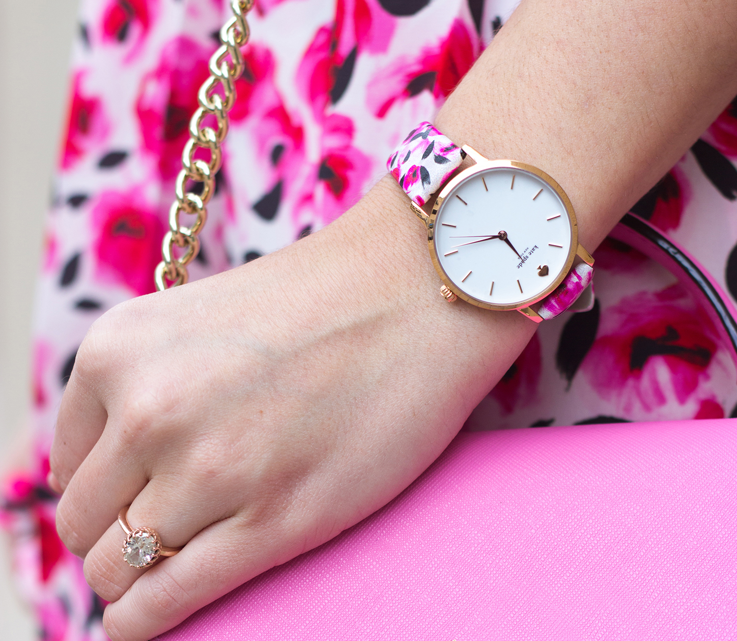1-livvyland-blog-olivia-watson-austin-texas-fashion-blogger-kate-spade-mini-nora-rouge-pink-handbag-floral-print-watch