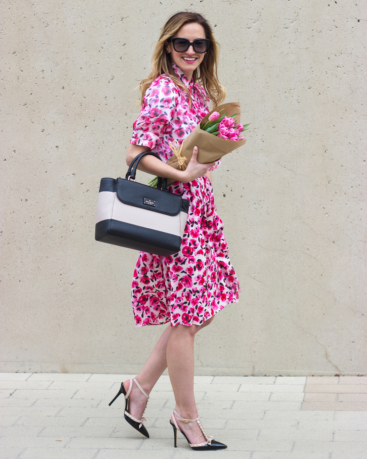 livvyland-blog-olivia-watson-austin-texas-fashion-blogger-kate-spade-broome-street-everyday-tee-white-rose-pleated-skirt-pink-black-spring-outfit-11