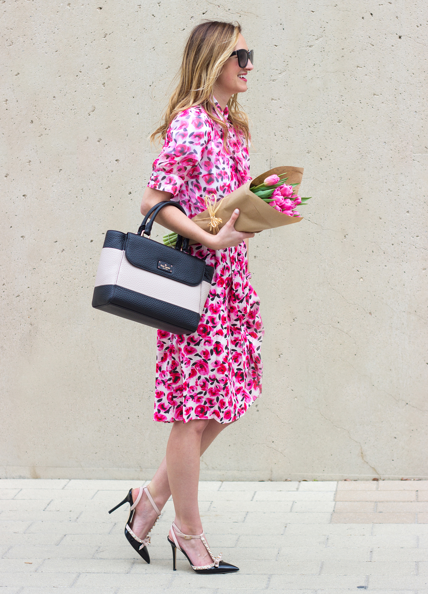 livvyland-blog-olivia-watson-austin-texas-fashion-blogger-kate-spade-broome-street-everyday-tee-white-rose-pleated-skirt-pink-black-spring-outfit-13