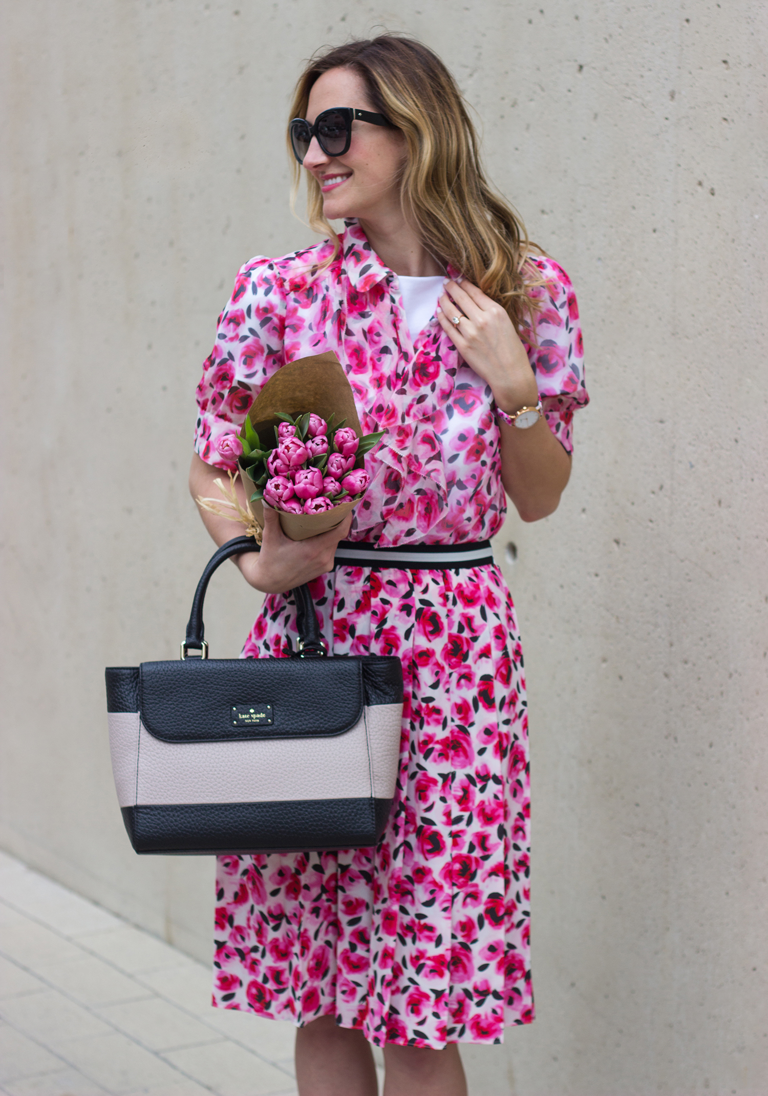 livvyland-blog-olivia-watson-austin-texas-fashion-blogger-kate-spade-broome-street-everyday-tee-white-rose-pleated-skirt-pink-black-spring-outfit-15