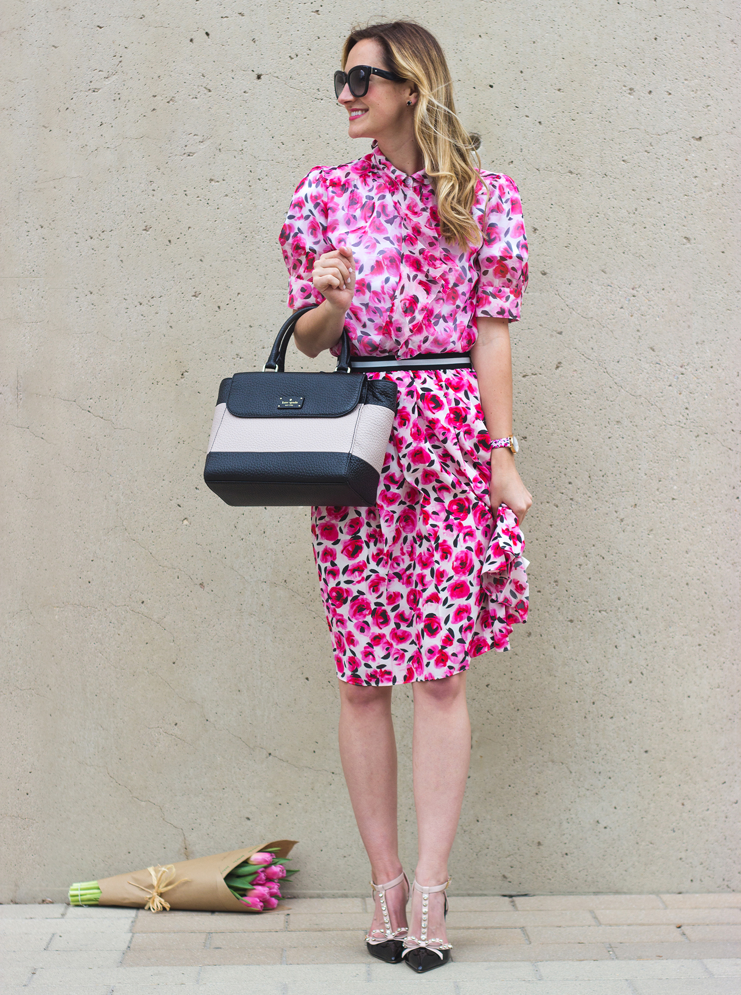 livvyland-blog-olivia-watson-austin-texas-fashion-blogger-kate-spade-broome-street-everyday-tee-white-rose-pleated-skirt-pink-black-spring-outfit-9