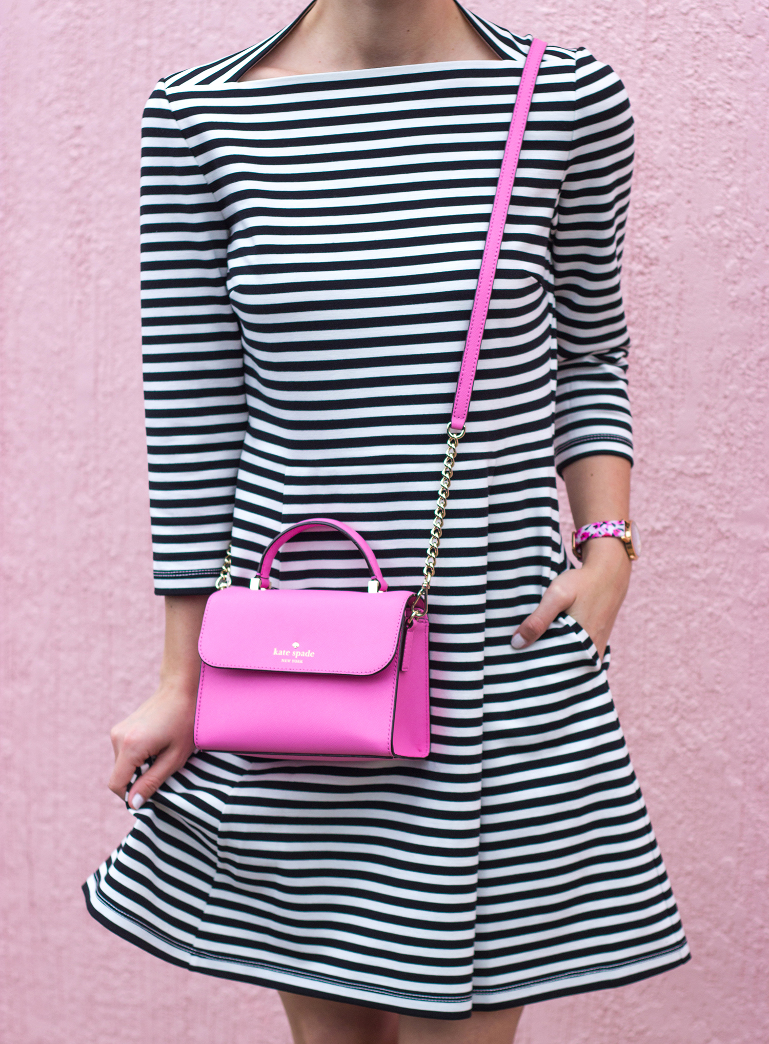 livvyland-blog-olivia-watson-austin-texas-fashion-blogger-kate-spade-broome-street-everyday-tee-white-rose-pleated-skirt-pink-black-spring-outfit-striped-everyday-dress-rouge-pink-handbag-2