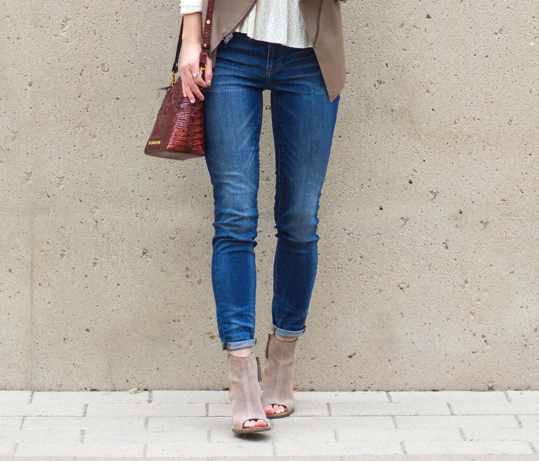 livvyland-blog-olivia-watson-austin-texas-fashion-blogger-madewell-skinny-jeans-bb-dakota-bradford-tan-draped-front-jacket-brahmin-toms-majorca-booties-7