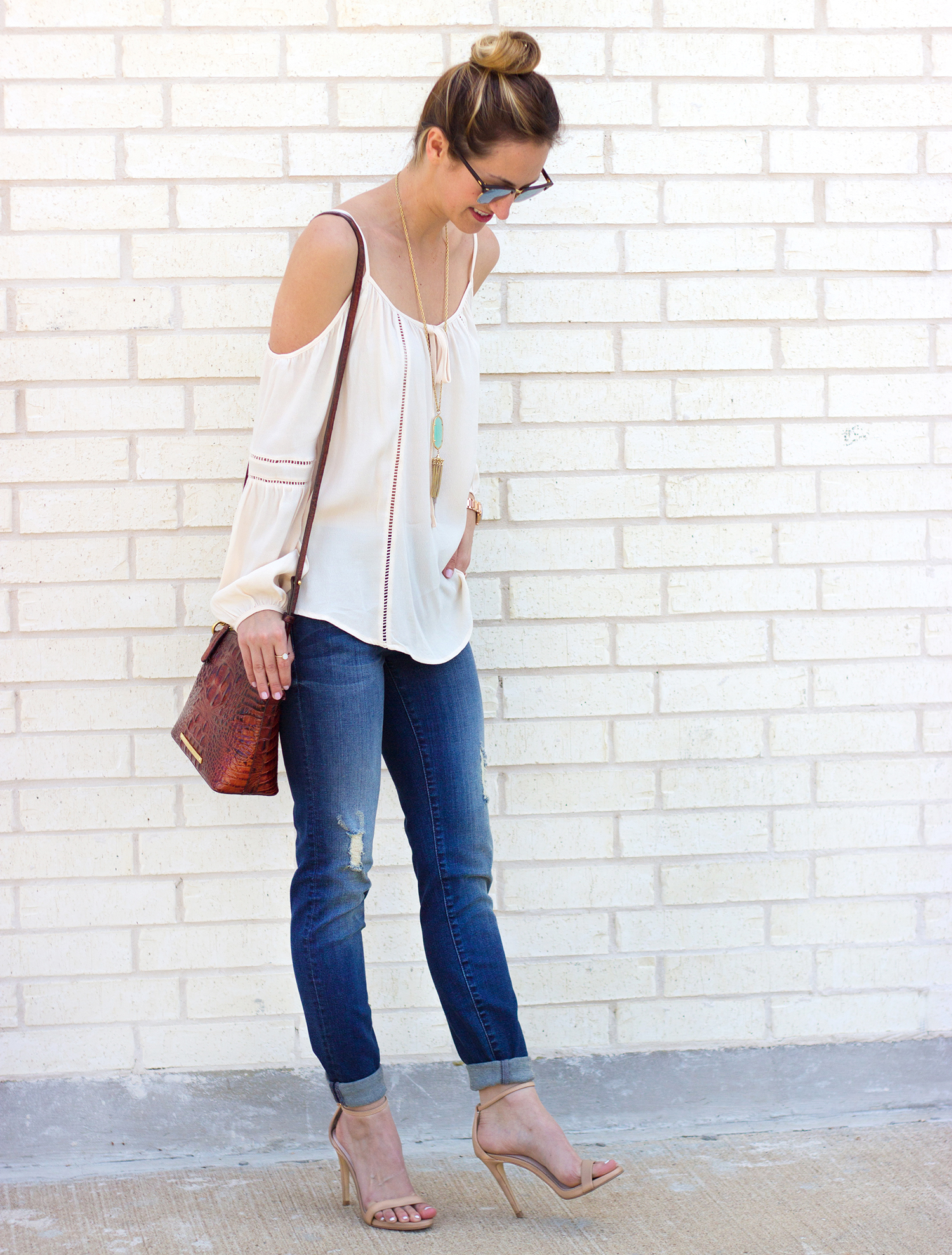 1-livvyland-blog-olivia-watson-austin-texas-fashion-blogger-kut-against-the-kloth-skinny-jeans-cream-nude-cold-shoulder-off-top-spring-nordstrom-stecy-heels-steve-madden-3