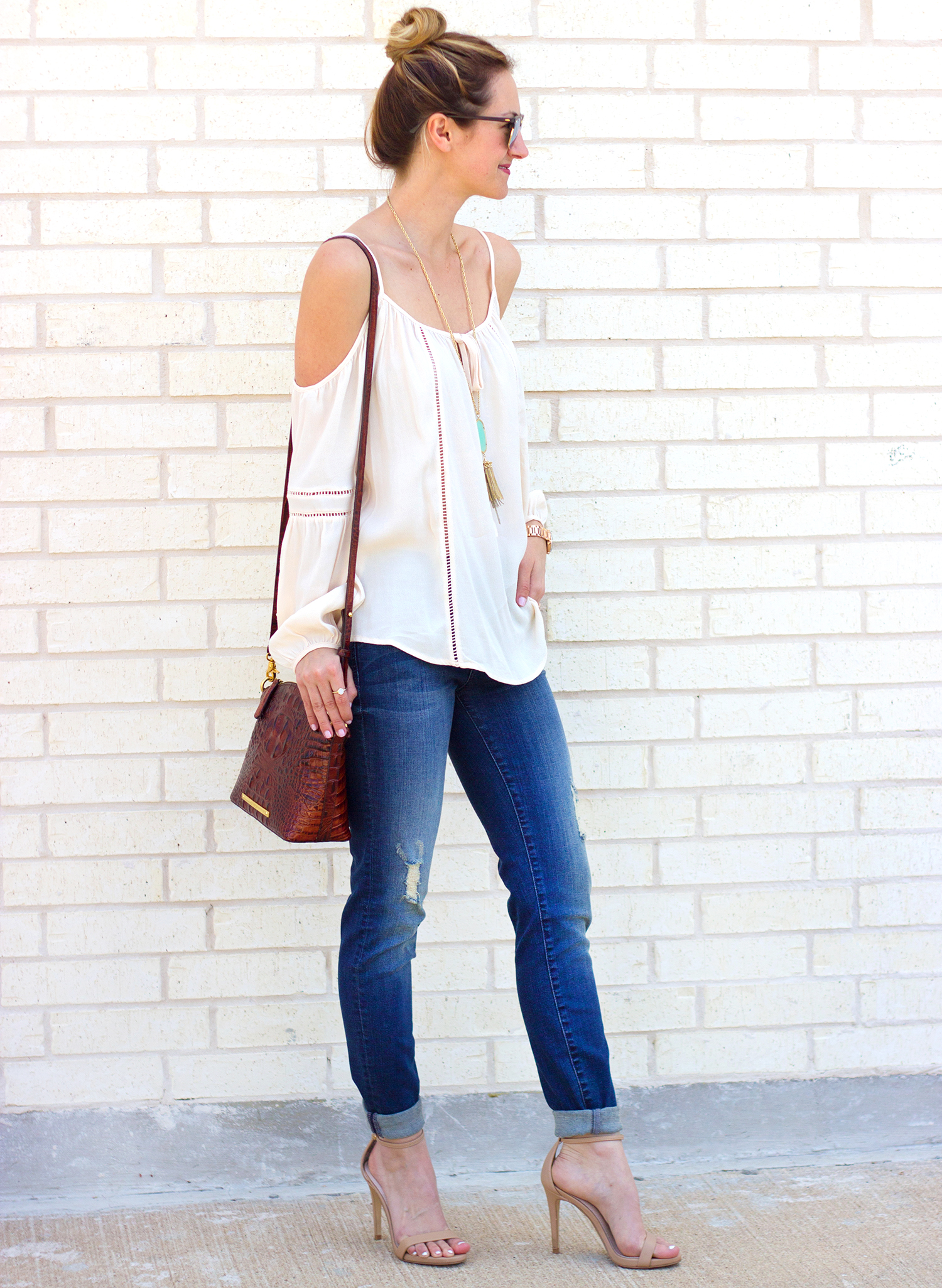 1-livvyland-blog-olivia-watson-austin-texas-fashion-blogger-kut-against-the-kloth-skinny-jeans-cream-nude-cold-shoulder-off-top-spring-nordstrom-stecy-heels-steve-madden-5