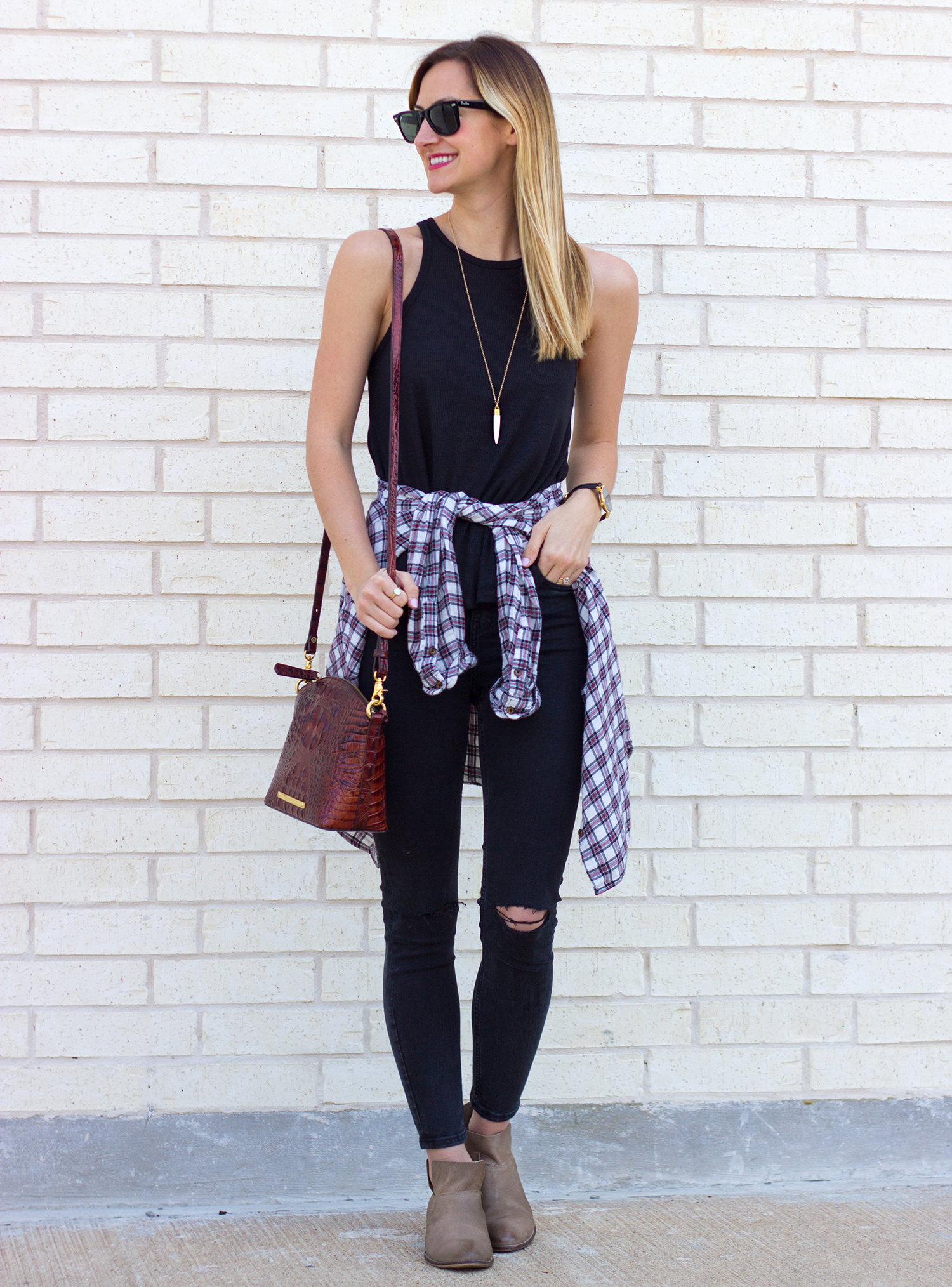 livvyland-blog-olivia-watson-austin-texas-fashion-blogger-free-people-razor-back-tank-top-black-on-black-boho-festival-outfit-sxsw-brahmin-duxbury-plaid-flannel-around-waist-seychelles-snare-9