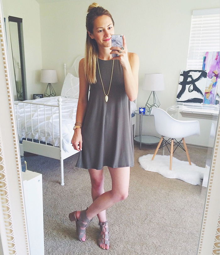 livvyland-blog-olivia-watson-austin-texas-fashion-blogger-green-shift-dress