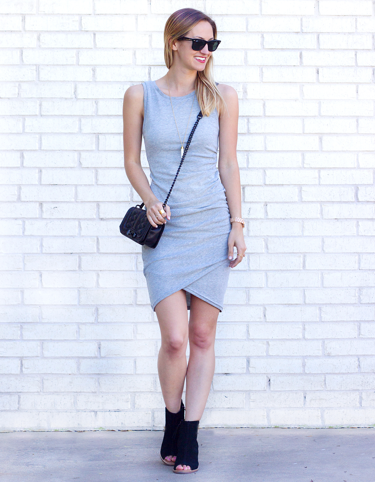 livvyland-blog-olivia-watson-leith-heather-grey-body-con-dress-toms-majorca-black-booties-austin-texas-fashion-blogger-spring-outfit-rayban-wayfarer-311