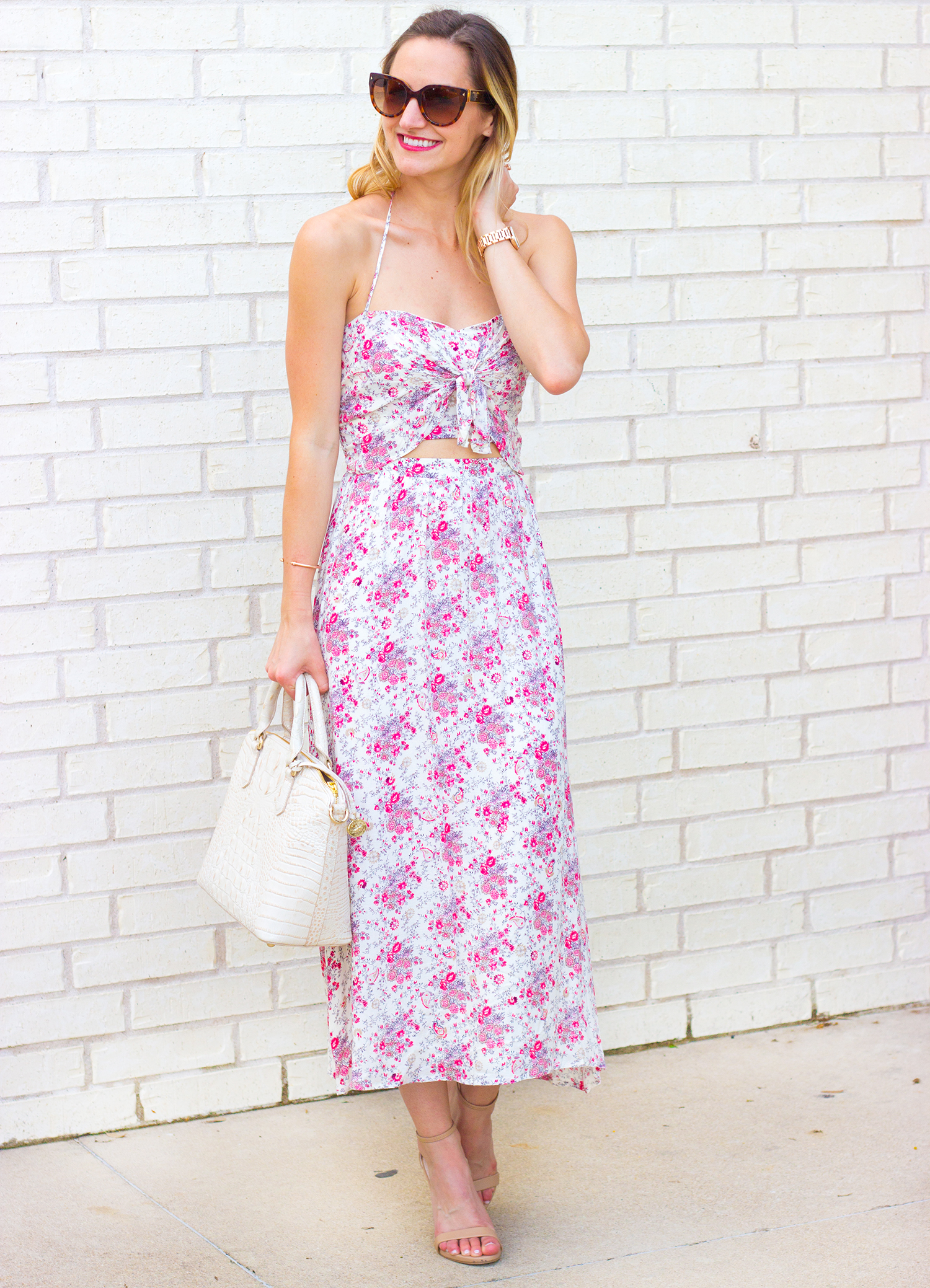 livvyland-blog-olivia-watson-austin-texas-fashion-blogger-astr-pink-floral-cutout-halter-sweetheart-maxi-dress-brahmin-duxbury-handbag-cava-6
