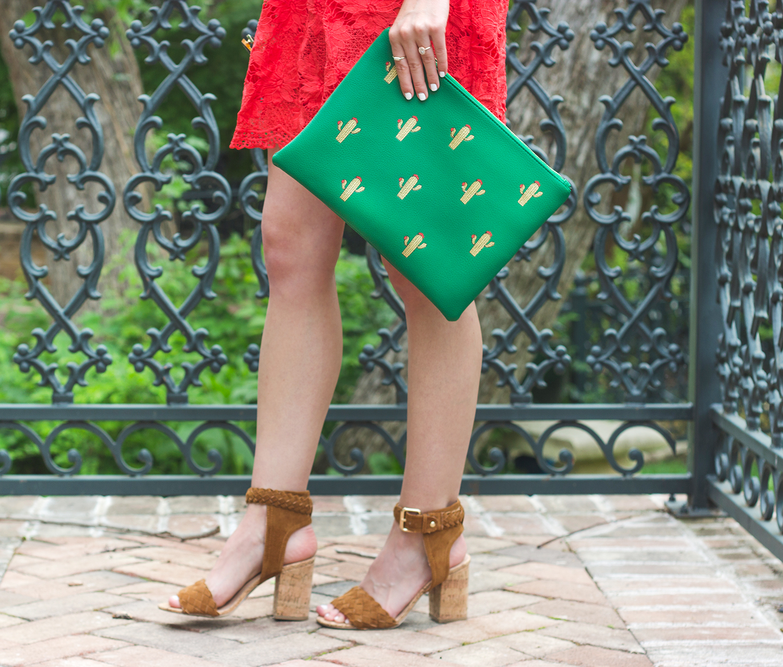 livvyland-blog-olivia-watson-austin-texas-fashion-blogger-modcloth-coral-lace-crochet-dress-cactus-clutch-emerald-green-long-necklace-braided-heels-3