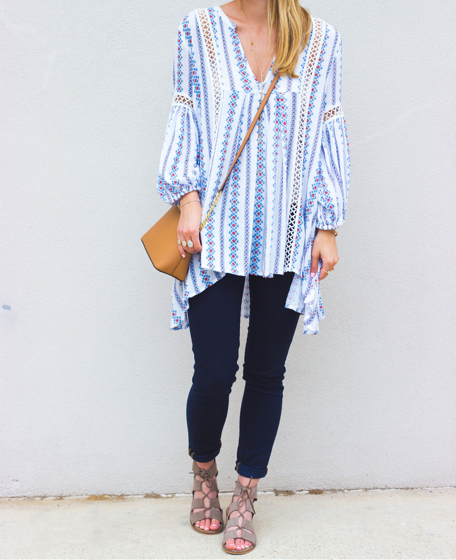 livvyland-blog-olivia-watson-boho-printed-oversize-tunic-chicwish-rebecca-minkoff-dark-wash-skinny-jeans-olivia-watson-austin-texas-fashion-blogger-steve-madden-roslyn-lace-up-sandals-6