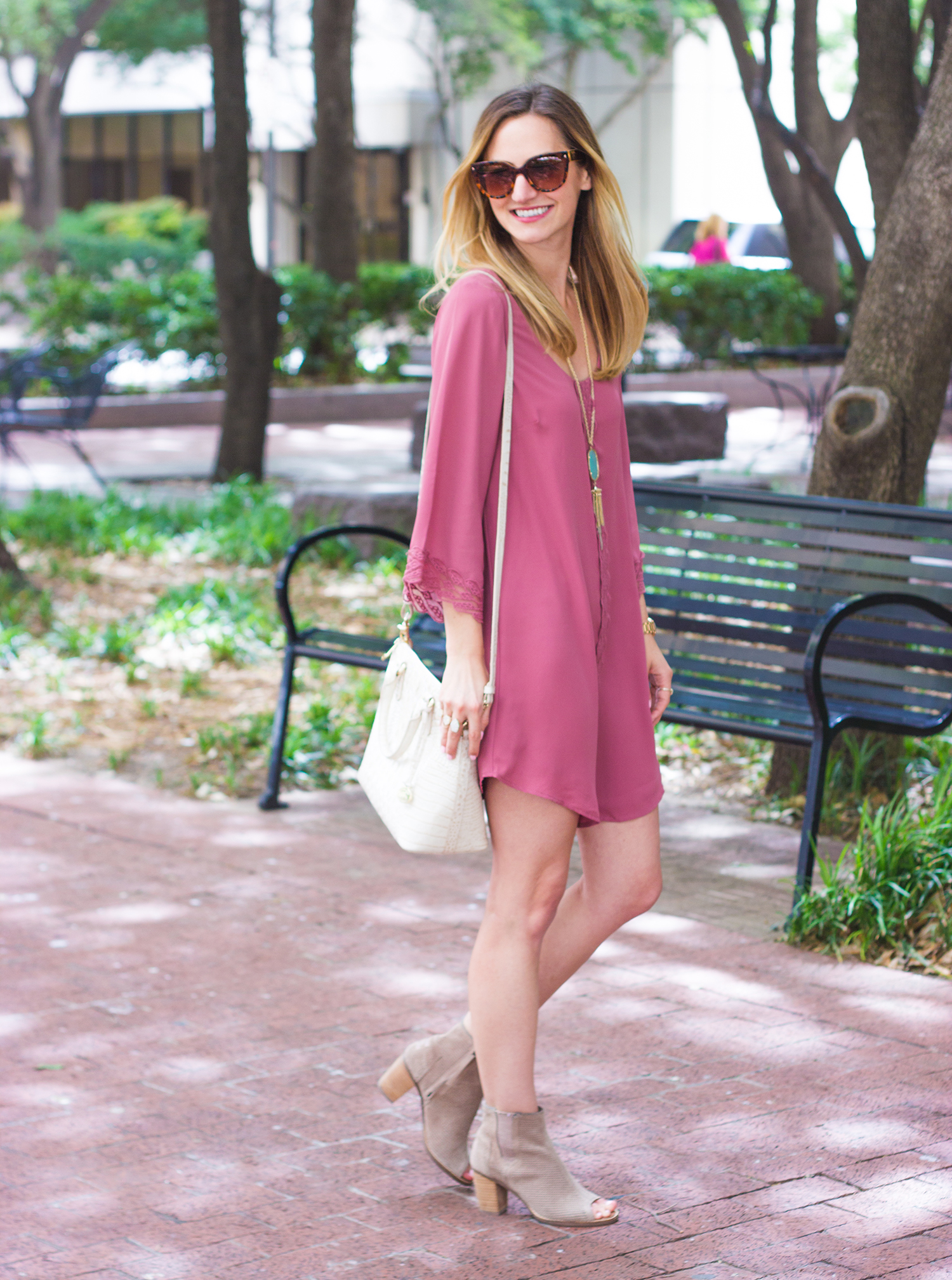 livvyland-blog-olivia-watson-dallas-texas-austin-fashion-blogger-the-joule-magnolia-hotel-park-mauve-lace-dress-dusty-rose-brahmin-duxbury-cava-handbag-prada-cateye-sunglasses-spring-outfit-7