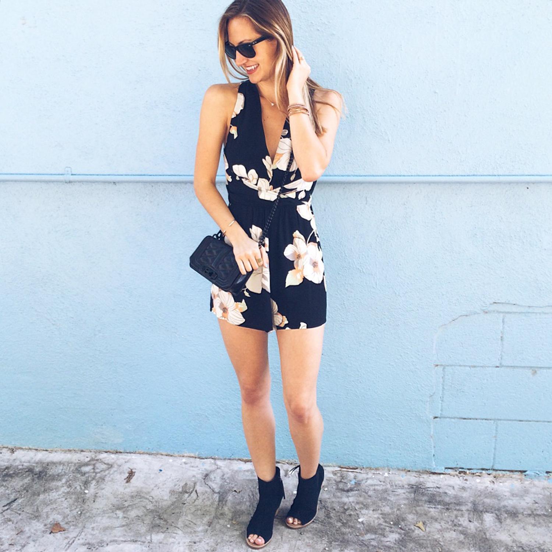 livvyland-blog-olivia-watson-austin-texas-fashion-blogger-floral-print-romper-toms-majorca-black-peep-toe-booties