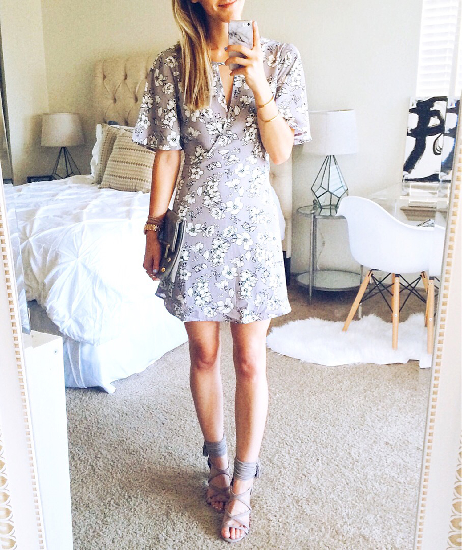 livvyland-blog-olivia-watson-austin-texas-fashion-blogger-wedding-attendee-outfit-what-to-wear-floral-lavender-purple-dress