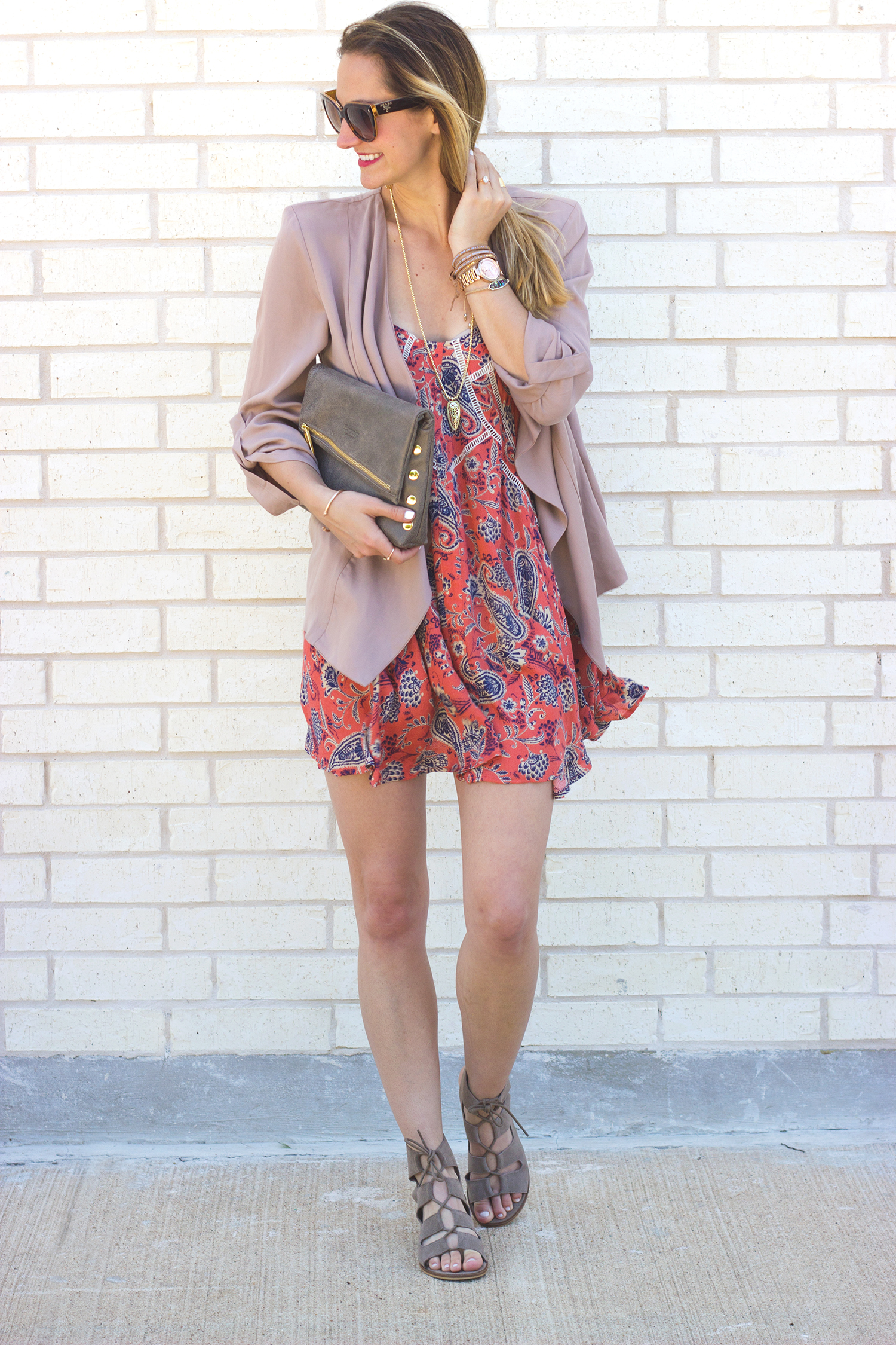 livvyland-blog-olivia-watson-austin-texas-fashion-blogger-razorback-shift-dress-paisley-printed-hammitt-la-vip-clutch-blush-draped-front-jacket-blazer-2