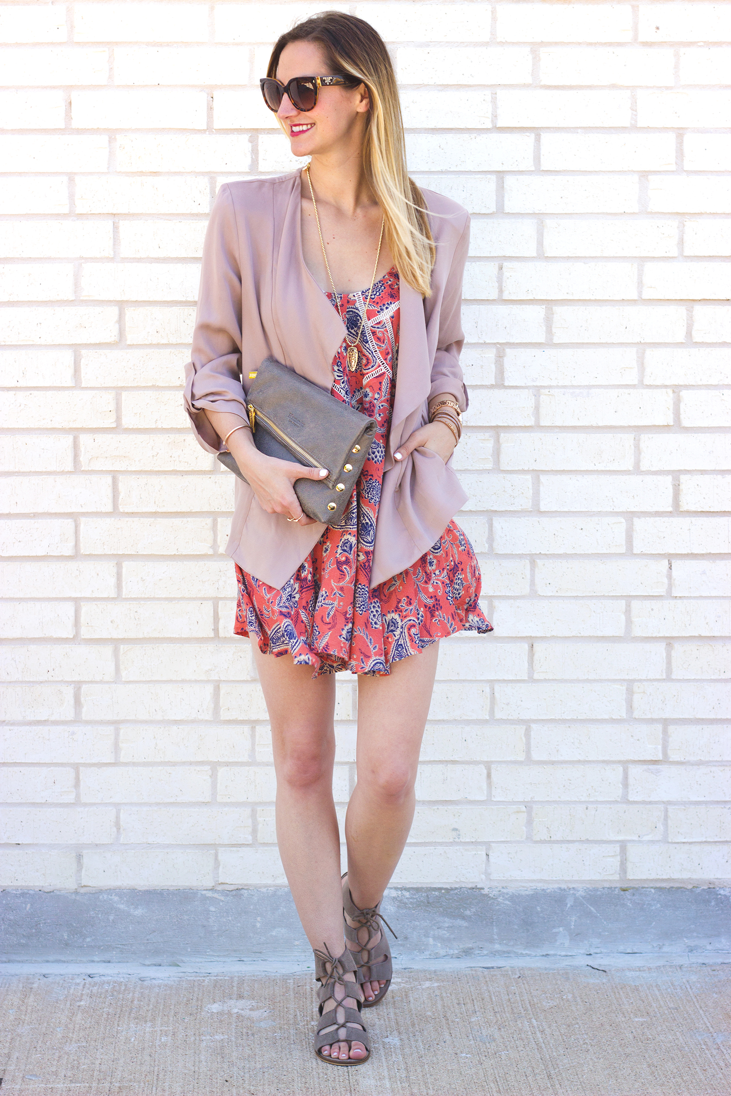 livvyland-blog-olivia-watson-austin-texas-fashion-blogger-razorback-shift-dress-paisley-printed-hammitt-la-vip-clutch-blush-draped-front-jacket-blazer-6