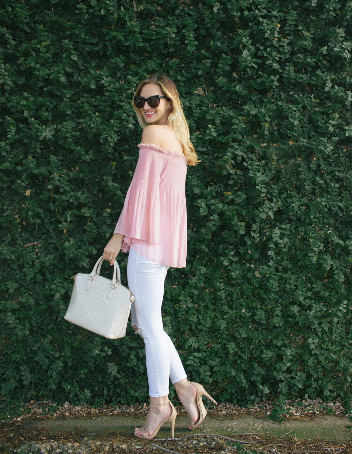 1-livvyland-blog-olivia-watson-austin-texas-fashion-blogger-blush-pink-off-shoulder-top-topshop-white-skinny-jeans-date-night-outfit-summer-4
