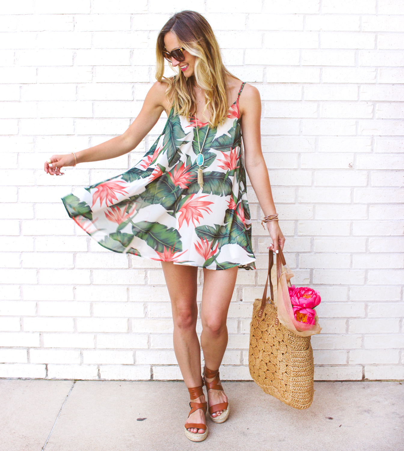 livvyland-blog-austin-texas-fashion-blogger-show-me-your-mumu-palm-print-circus-mini-dress-summer-outfit-colorful-3