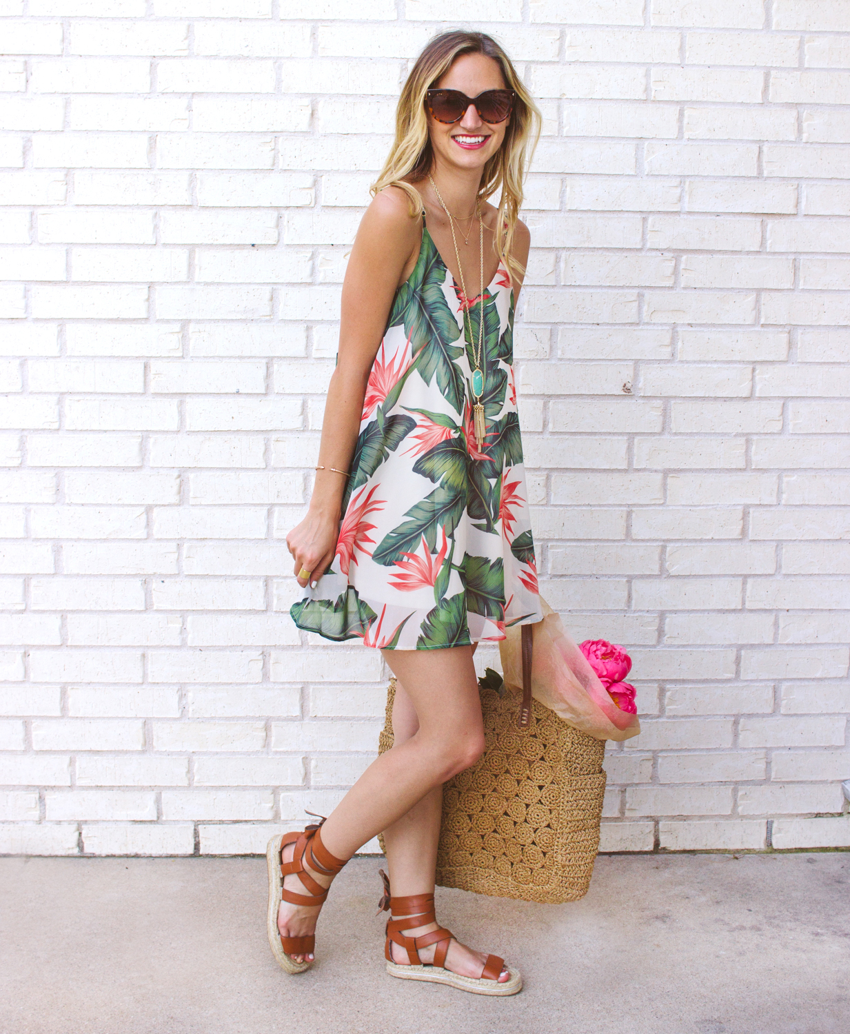 livvyland-blog-austin-texas-fashion-blogger-show-me-your-mumu-palm-print-circus-mini-dress-summer-outfit-colorful-5