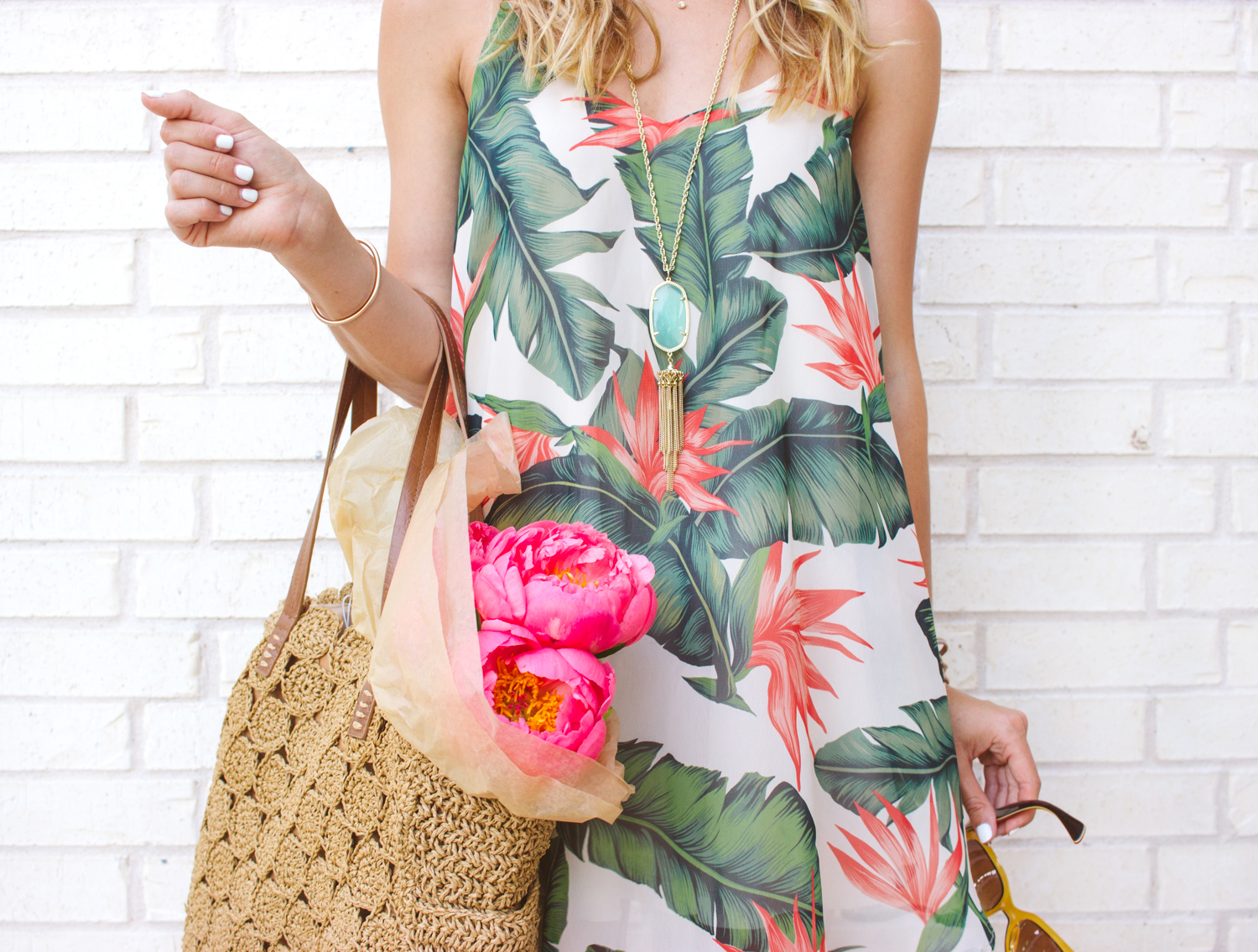 livvyland-blog-austin-texas-fashion-blogger-show-me-your-mumu-palm-print-circus-mini-dress-summer-outfit-colorful-7