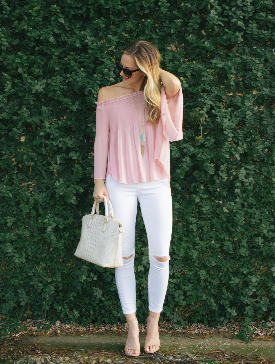 livvyland-blog-olivia-watson-austin-texas-fashion-blogger-blush-pink-off-shoulder-top-topshop-white-skinny-jeans-date-night-outfit-summer-1