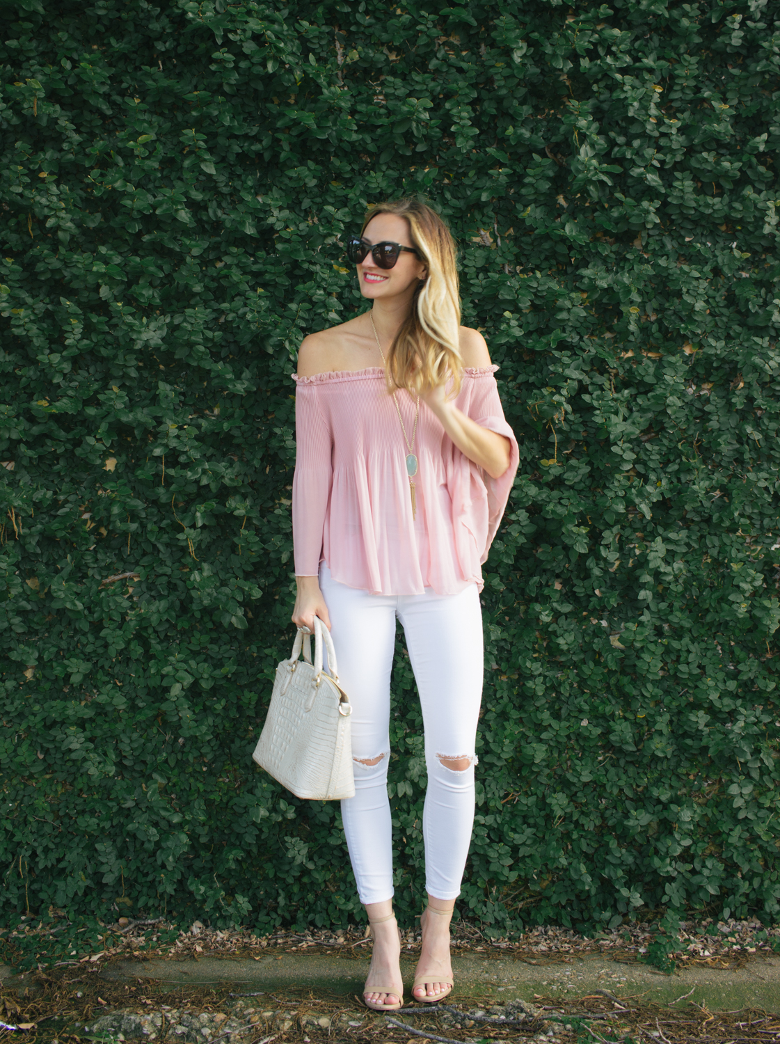 livvyland-blog-olivia-watson-austin-texas-fashion-blogger-blush-pink-off-shoulder-top-topshop-white-skinny-jeans-date-night-outfit-summer-2