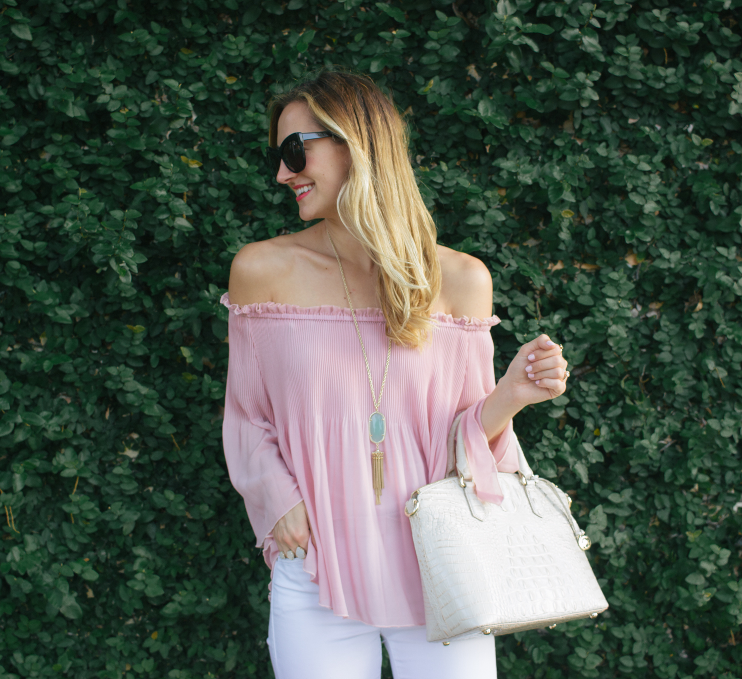 livvyland-blog-olivia-watson-austin-texas-fashion-blogger-blush-pink-off-shoulder-top-topshop-white-skinny-jeans-date-night-outfit-summer-7