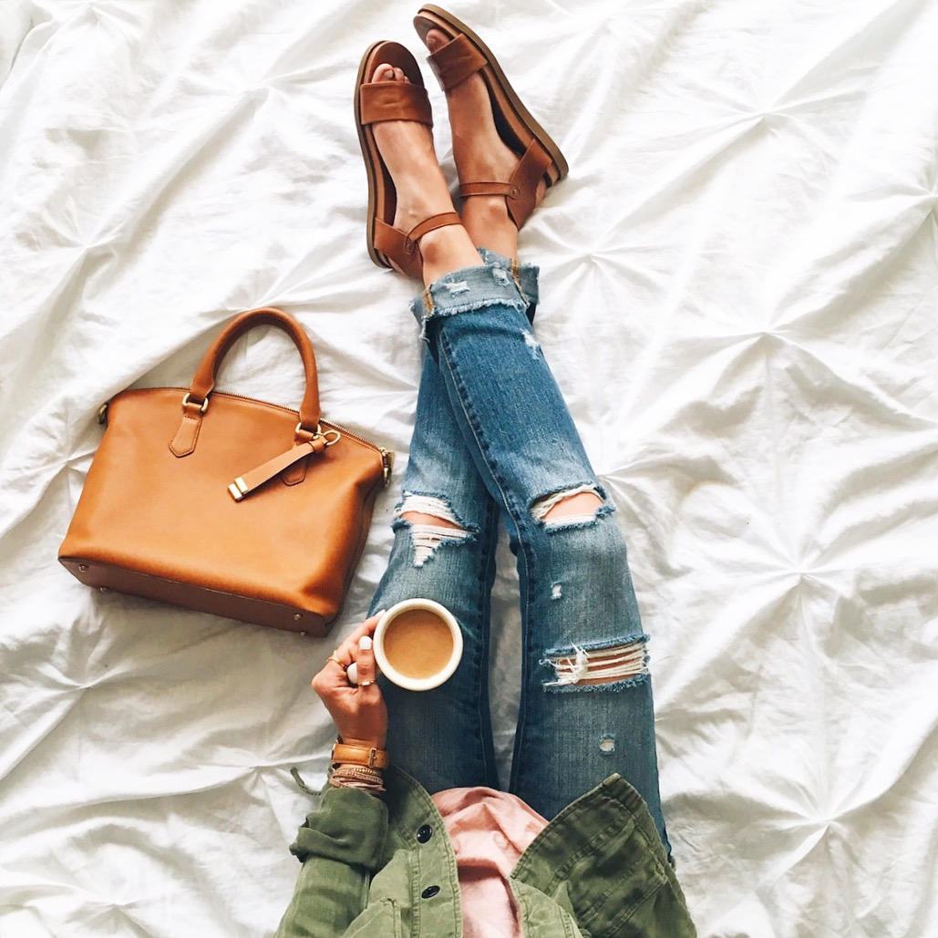 livvyland-blog-olivia-watson-austin-texas-fashion-blogger-distressed-jeans-coffee-in-bed