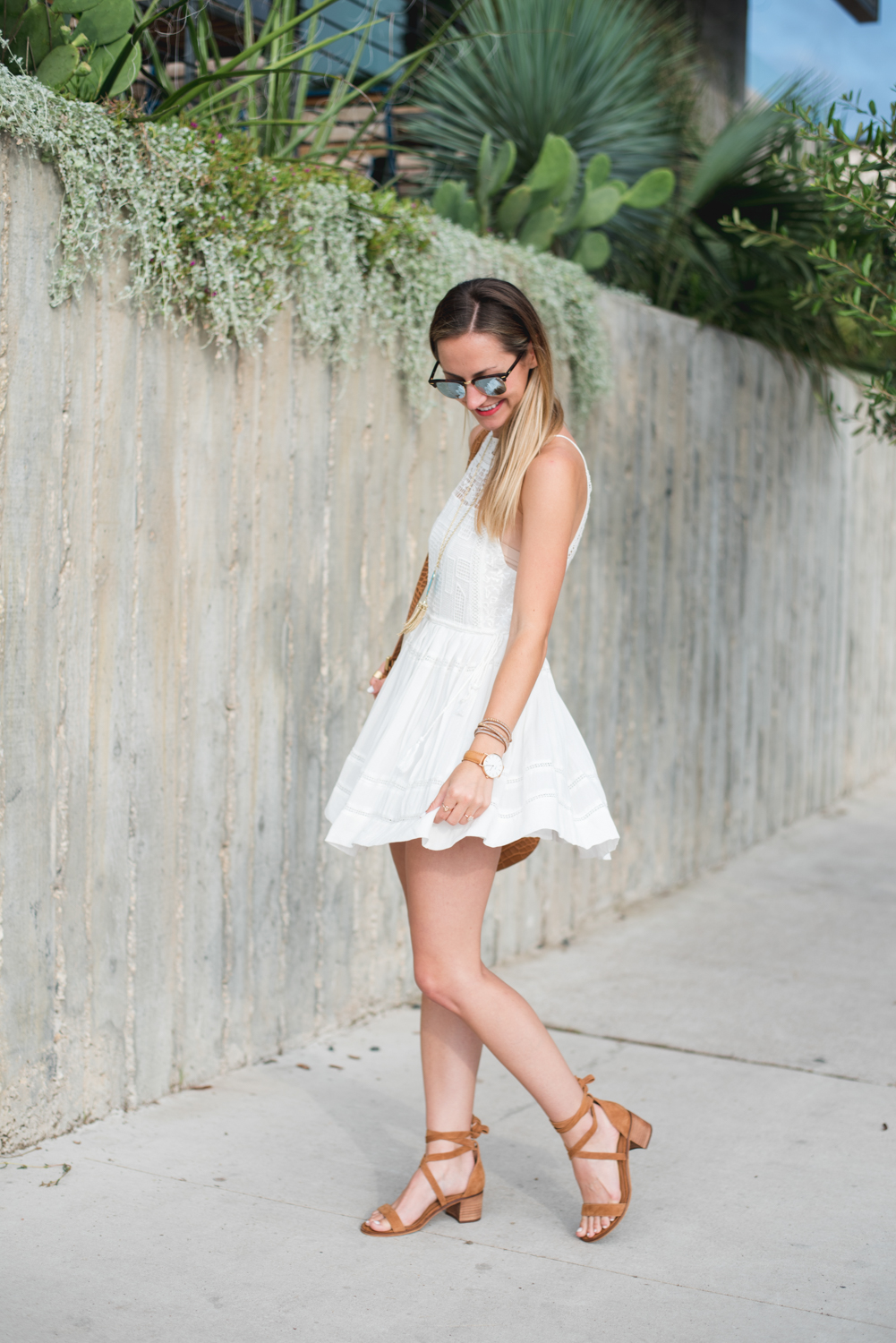 livvyland-blog-olivia-watson-austin-texas-fashion-blogger-free-people-flowy-white-high-neck-crochet-dress-tassel-south-lamar-kathryn-frazer-photography-boho-festival-outfit-3