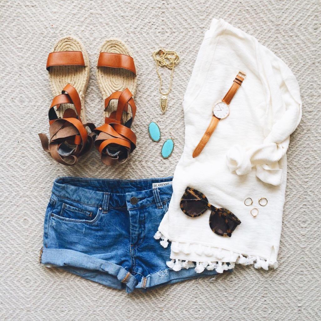 livvyland-blog-olivia-watson-austin-texas-fashion-blogger-madewell-fringe-trim-sweater-blank-nyc-shorts-rebecca-minkoff-lace-up-espadrille-sandals