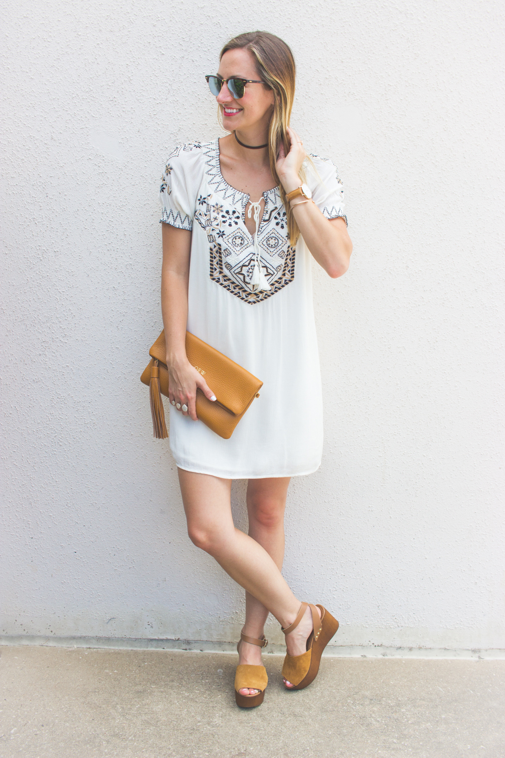 livvyland-blog-olivia-watson-austin-texas-fashion-blogger-abercrombie-and-fitch-embroidered-off-shoulder-dress-boho-outfit-ray-ban-reflective-clubmaster-summer-outfit-10