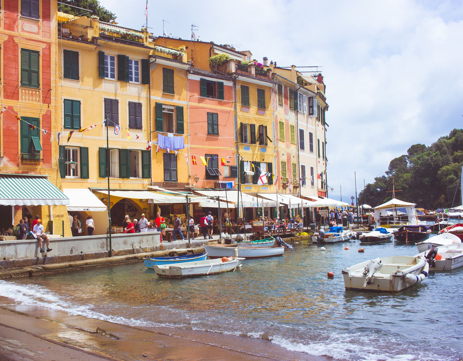 livvyland-blog-olivia-watson-austin-texas-fashion-travel-blogger-princess-royal-mediterranean-cruise-portofino-cinque-terre-italy-what-to-do-see-eat-16