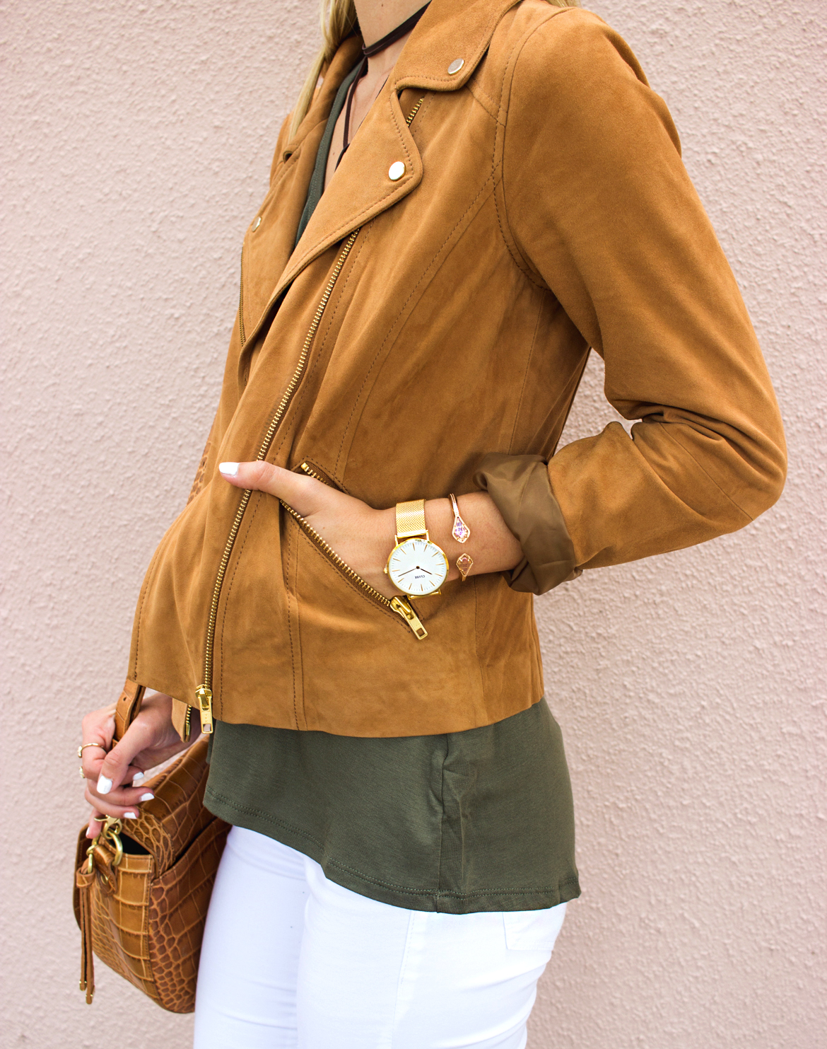 livvyland-blog-olivia-watson-boho-ootd-nordstrom-anniversary-sale-must-haves-what-to-buy-suede-tan-jacket-fall-summer-outfit-cluse-gold-watch-5