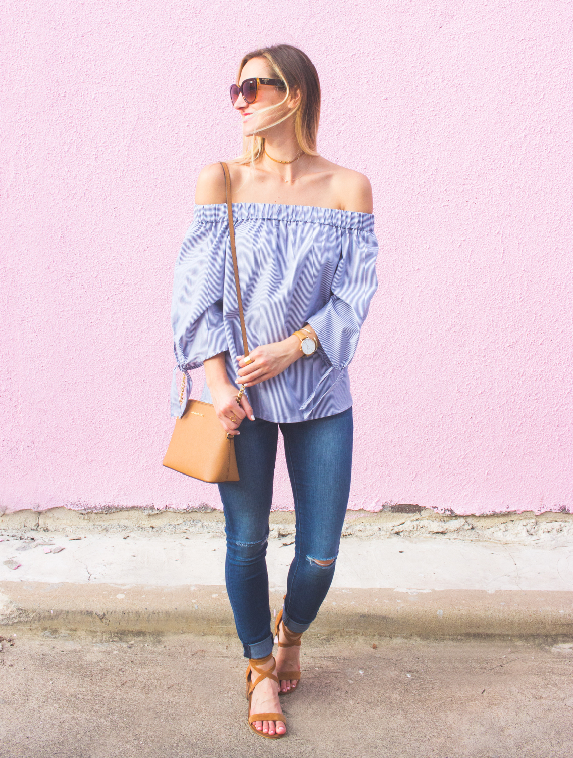 livvyland-blog-olivia-watson-austin-texas-articles-of-society-distressed-skinny-jeans-topshop-off-shoulder-tie-sleeves-striped-top-fashion-blogger-outfit-5