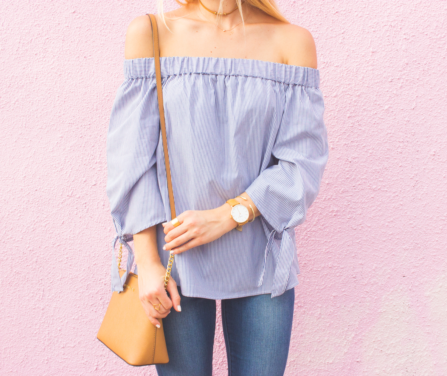 livvyland-blog-olivia-watson-austin-texas-articles-of-society-distressed-skinny-jeans-topshop-off-shoulder-tie-sleeves-striped-top-fashion-blogger-outfit-6